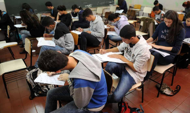 estudantes que fazem prova do enem 2020